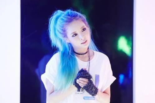 HyunA-Ilhoon_1439948780_af_org